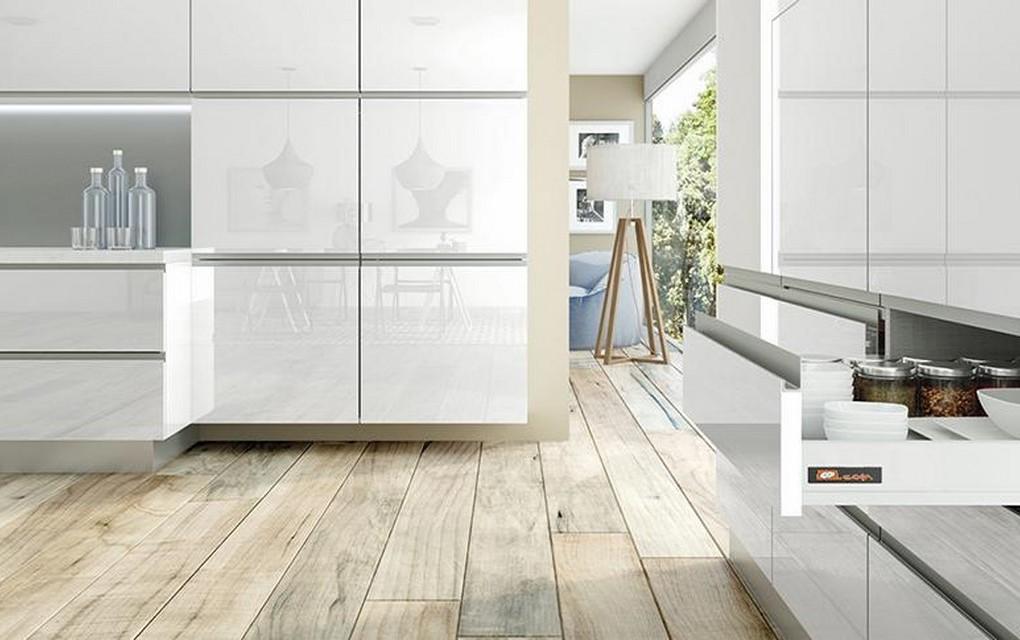 Reforma de una cocina color blanco